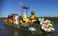 schuiten versierd met bloemen, planten en groente